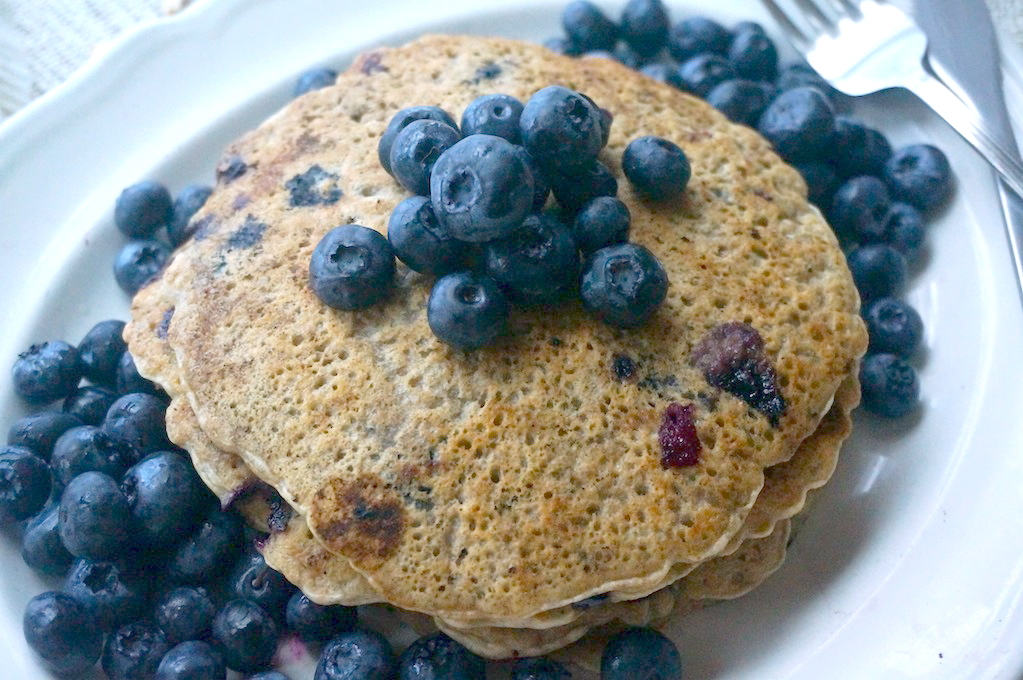 Blueberry chia cakes
