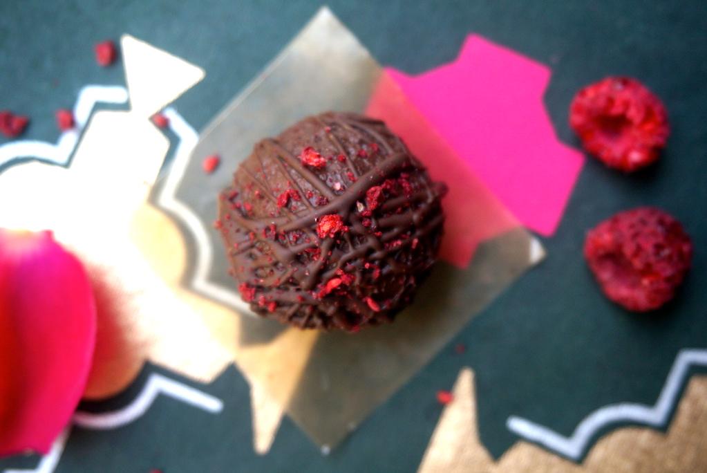 Simple Dark Chocolate Truffel